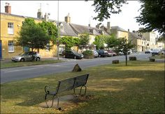 Moreton-in-Marsh by Baz Richardson, via Flickr
