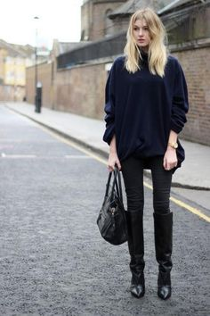 Outfit ideas for how to wear your skinny jeans right now - click for street style inspiration
