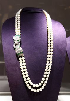 From Elizabeth Taylor's jewelry collection, now being auctioned at Christie's. OMG, I love that closure detail.