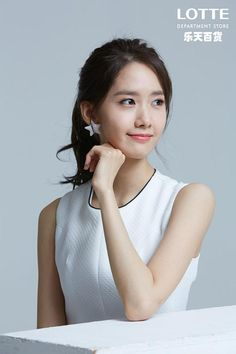 Discovered by Find images and videos about k-pop, snsd and smtown on We Heart It - the app to get lost in what you love. Im Yoona, Seohyun, Kpop Girl Groups, Kpop Girls, Yuri, Korean Girl, Asian Girl, Girl's Generation, Le Jolie