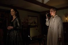 Elise Eberle and Janet Montgomery in Salem Cotton Mather, Tamzin Merchant, Mary Sibley, Shane West, Ashley Madekwe, Witch Trials, Gabel, Tv Series, Season 1