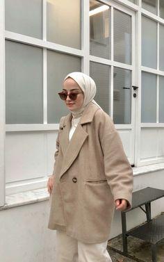 Modest Fashion Hijab, Modern Hijab Fashion, Casual Hijab Outfit, Muslim Fashion, Winter Fashion Outfits, Chic Outfits, Maila, Selfies, Clothes