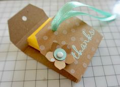 tutorial post-it holder ♥ Stampin' Up! Tarjetas Stampin Up, Stampin Up Cards, 3d Paper Crafts, Paper Gifts, Scrapbooking Box, Post It Note Holders, Marianne Design, Little Gifts, Small Gifts