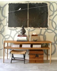 La Maison Boheme: Wall treatment - like the painting and stacking of furniture