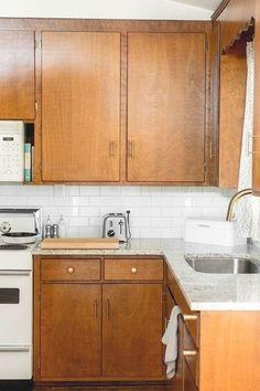 1960s Kitchen, Mid Century Modern Kitchen, Kitchen Redo, Kitchen Remodel, Kitchen Design, 10x10 Kitchen, Kitchen Sinks, Kitchen Renovations, Modern Retro Kitchen