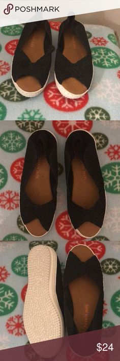 """Bernie Mev shoes 👟 Black woven suede  design  Open toe White .5"""" wedge  New -never worn bernie mev. Shoes Flats & Loafers"""