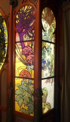 Stained glass detail by Alphonse Mucha for George Fouquet's jewellery store reassembled in the Carnavalet Museum