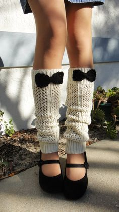 Ivory Legwarmers with Black Bows Boot by vintagelookcreations