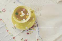 fairy tea - flower sprinkles and apple juice