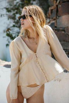Vintage Pretty Blouse in Ivory or Desert Tan - Medium / Desert Tan (picture 5)