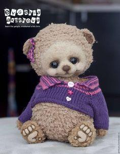 Crochet Bear, Crochet Toys, Little Critter, Teddy Bears, Art Dolls, Free Pattern, Crochet Patterns, Knitting, Cute