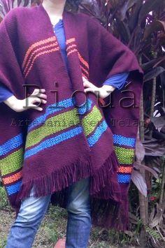 Knitted Cape, Textiles, Violets, Plaid Scarf, Lana, Weaving, Knitting, Sweaters, Fashion