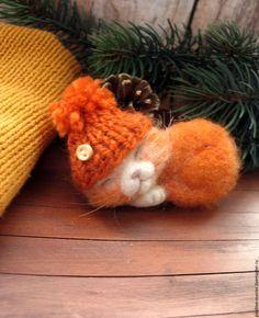 Купить или заказать Мандарин. Рыжий кот. Брошь в интернет-магазине на Ярмарке Мастеров. Очень позитивный котенок)) Размер приблизительно 9 на 6…