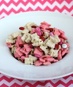 Strawberry Chex Mix www.ButterwithasideofBread.com #valentines #chex mix #gluten free