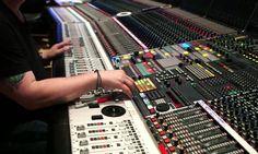 Watch: Hans Zimmer – Making of Interstellar Soundtrack