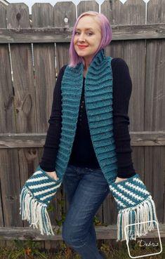 It's Got Pockets! - Fiona Scarf free crochet pattern by Divine Debris Fingerless Gloves Crochet Pattern, Crochet Beanie Hat, Crochet Poncho, Crochet Scarves, Crochet Yarn, Free Crochet, Crocheted Hats, Crochet Patterns, Crochet Ideas