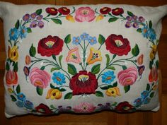 Hungarian antique Kalocsa vintage pillow. by macaristanbul