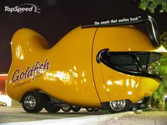 Funny pictures cars models: art used car images website. Entertainment black humour cars exhibition, very Funny picture of automobiles. Strange Cars, Weird Cars, Cool Cars, Crazy Cars, Porsche, Pt Cruiser, Car Images, Bing Images, Unique Cars
