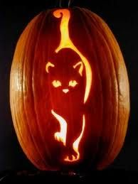 Cat-O-Lanterns: 30 Of The Greatest Halloween Cat Pumpkin Designs [PICTURES Pumpkin carving is an art. Cat owners have helped take it to the next level. Chat Halloween, Holidays Halloween, Halloween Pumpkins, Halloween Decorations, Halloween Ghosts, Halloween Themes, Halloween Labels, Halloween Quotes, Halloween Pumpkin Stencils