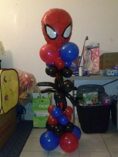 Small spiderman balloon column