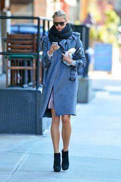 Wear White Jeans Everywhere Like Eva Longoria - Running Errands in Style - A Celebrity Guide - StyleBistro