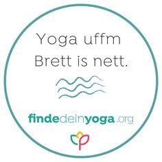 Tausche Yogamatte gegen ein SUP Board aus. Bei SUP Yoga werden die Yogaübungen nicht – wie sonst – auf der Yogamatte, sondern auf dem SUP Board (Stand Up Paddleboard) im Wasser praktiziert. Das Motto ist: Loslassen, sich dem Element Wasser hingeben, im Moment sein und vor allem Spaß haben. Für SUP Yoga musst du weder besonders sportlich oder gelenkig sein. Aber es fordert dir einiges an Gleichgewicht ab.  . Der Mai ist die perfekte Zeit dir einen SUP-Yoga Kurs zu suchen. Auf Finde Dein… Sup Boards, Yoga Kurse, Sup Yoga, Mai, Moment, Motto, Chart, Instagram, Lets Go
