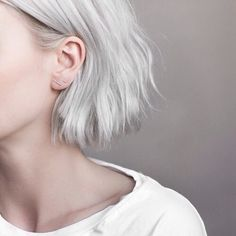 Hair Color Ideas 2018 : Silver blonde hair Discovred by : madison Hair Inspo, Hair Inspiration, Design Inspiration, Corte Y Color, About Hair, Hair Day, Girl Hair, Pretty Hairstyles, Style Hairstyle