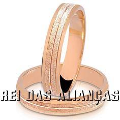 *-* Par de alianças noivado ou casamento ouro rosê nobre fosco diamantado externo
