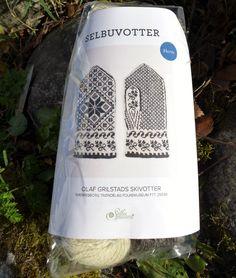 Selbu Herrevotter: Trøndelagfolkemuseum Sverresborg FFT.25039 Olaf Grilstads skivotter. Vottepakke selges hos Selbuspinneri.