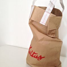 cement bags w/paper tape handle | maniglia in carta cucita | packaging specialist - unconventional #packaging solutions