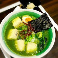 Hi. Why is this ramen colored green? Seaweed? - 41件のもぐもぐ - ramen... by princessjo