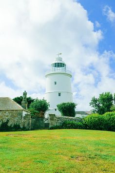 A 1 Week Travel Plan To Visit The Tropical Isles Of Scilly In The UK - Hand…
