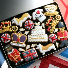 decorated cookies, wedding cookies, logo cookies, baby cookies, love cookies - Custom Cookie Co (UK)