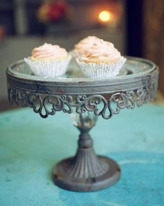 Vintage Chic Cake Stand - Modest Peach $64
