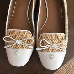 Tory Burch Flats - Rare - New in Box - 9.5 These are gorgeous Tory Buch flats. Never worn come brand new in box and with dust bag included. Tory Burch Shoes