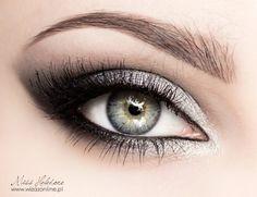 Metallic eye makeup - Metaliczny makijaż oczu Metallic Eye Makeup, Sexy Eye Makeup, Silver Eyeshadow, Bronze Makeup, Prom Makeup, Smokey Eye Makeup, Beauty Makeup, Hair Makeup, Silber Make-up