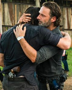 I cried when he came walking out from behind the house.....but this hug was so much better ....LOVE ME SOME NORMAN !!!
