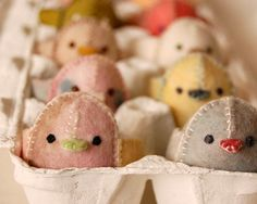 okay, i know easter just passed.. but this is too adorable. #felt chicks in egg carton. (via http://www.etsy.com/listing/95702638/felt-easter-baby-chick-handmade-in)