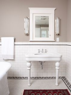 Classic Subway Tile Bathtub Surround