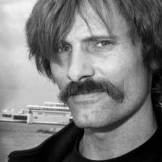 viggo mortensen | Viggo Mortensen Has No Problem Being Signed On To Major Showing S ...