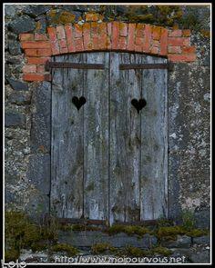 Vieux volets et vieille porte