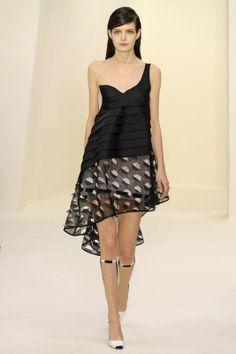Haute Couture Parigi : tendenze P/E 2014 - www.tentazionelux... #houtecouture #parigi #tendenze #pe2014 #fashion #abito #sfilate #dior