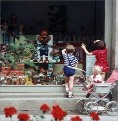 Poster DDR - Schaufensterblick 1969