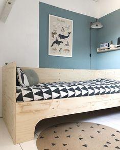 """Suzanne de Boer op Instagram: """"K A R W E I X J I J ik ging voor @karwei aan de slag met een diy. Van underlayment maakte ik dit stoere bed voor Tygo. Ik schreef er een…"""""""