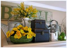 the corson cottage: Quaint Country Cottage ~ Living Room Update at my Mom's Top Of Cabinets, Above Cabinets, Maple Cabinets, Cupboards, Country Cottage Living Room, My Living Room, Country Kitchen, Cottage Style, Top Of Cabinet Decor