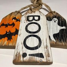 Your place to buy and sell all things handmade Halloween Wood Crafts, Farmhouse Halloween, Rustic Halloween, Halloween Signs, Halloween Projects, Halloween Ghosts, Fall Halloween, Halloween Decorations, Fall Crafts