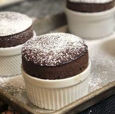 Best Souffle Recipe, Souffle Recipe Dessert, Souffle Recipes, Fun Baking Recipes, Egg Recipes, Cake Recipes, Dessert Recipes, Light Desserts, No Bake Desserts