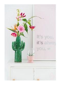 Der Winter-Vasenguide von Kaktus-,Origami-, Beton- bis Glasvase   MAGAZIN   HOOK & EYE – The Fine Factory