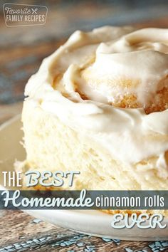 The Best Homemade Cinnamon Rolls you've been craving are right here! This soft, fluffy cinnamon roll recipe with the perfect blend of cinnamon and sugar, is topped with the most luscious cream cheese frosting. They're so dreamy! via The Best Homemade Dessert Simple, Köstliche Desserts, Dessert Recipes, Dessert Bread, Best Cinnamon Rolls, Cinnamon Roll Icing, Cinnabon Cinnamon Rolls, Best Cinnamon Roll Recipe, Pioneer Woman Cinnamon Rolls