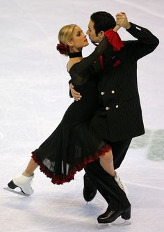Tanith Belbin and Ben Agosto compete in the original dance event during the State Farm U.S. Figure Skating Championships January 23, 2007 at Spokane Arena in Spokane, Washington.  (January 23, 2007 - Source: Matthew Stockman/Getty Images Sport)